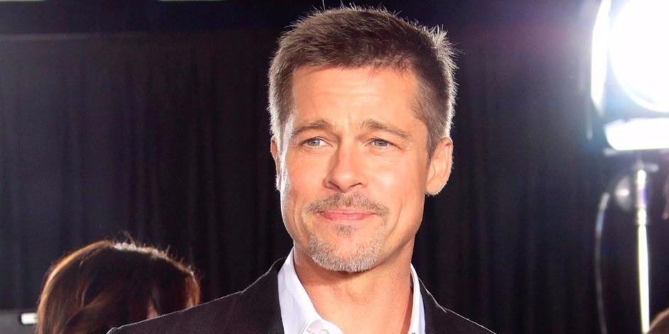 Brad Pitt túlzásba esett a hófehérrel -  mint akit a Backstreet Boysból szalasztottak