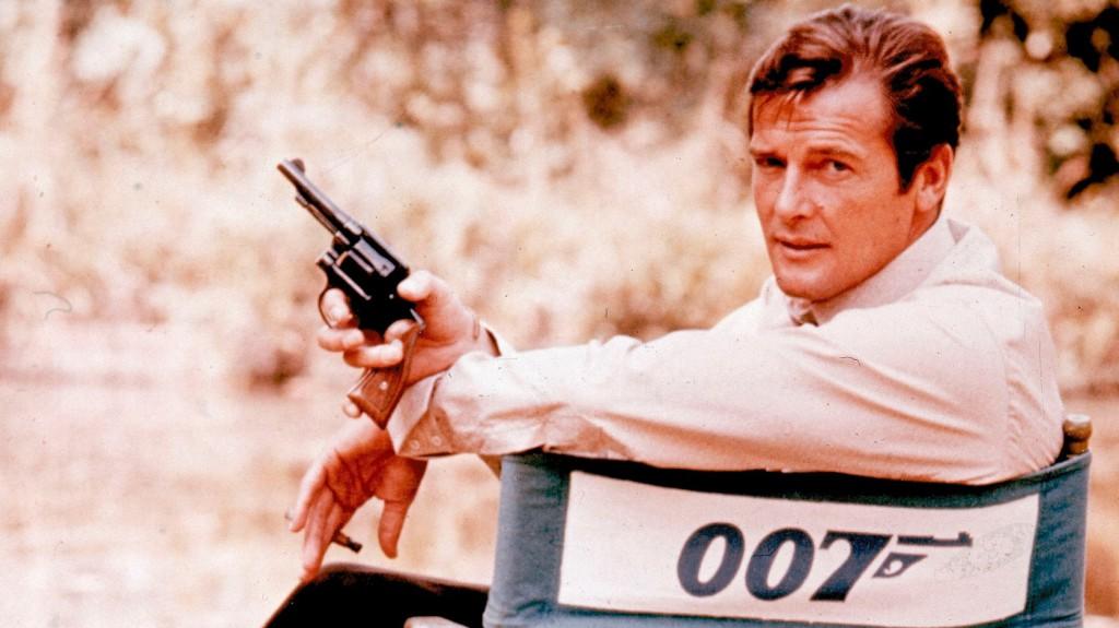 Meglovasítottak öt James Bond-fegyvert