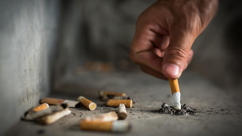 Nem alkalmaz dohányzó oktatókat egy japán egyetem