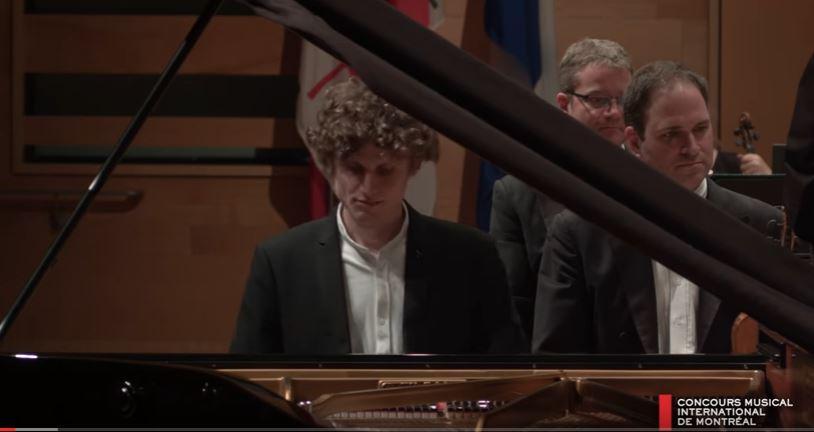 Fejérvári Zoltán zongoraművész.