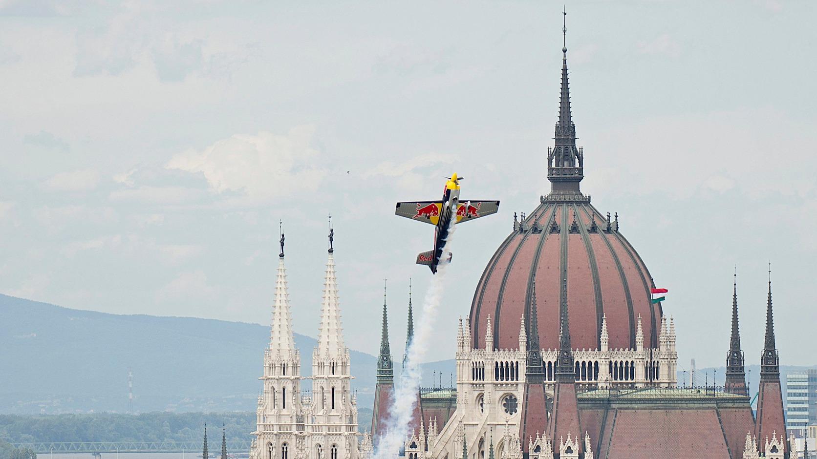 """Képtalálat a következőre: """"Red Bull Air Race budapesti versenye miatt június 20-25. között"""""""