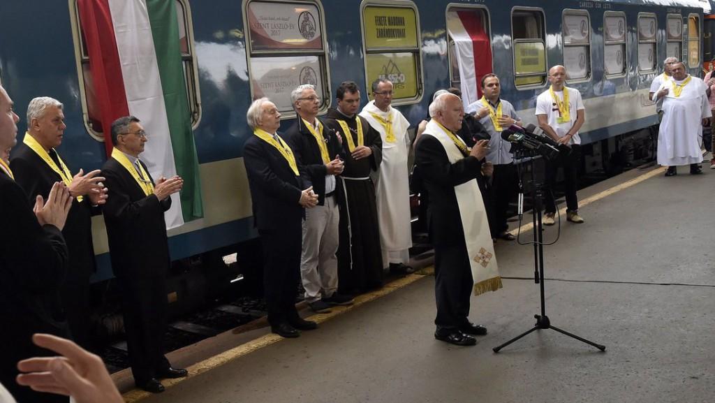 Elindult Lengyelországba a Fekete Madonna zarándokvonat