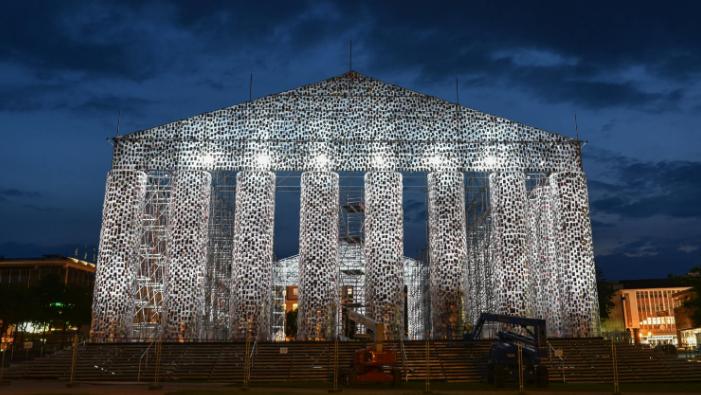 Tiltott könyvekből épült Németország Parthenonja