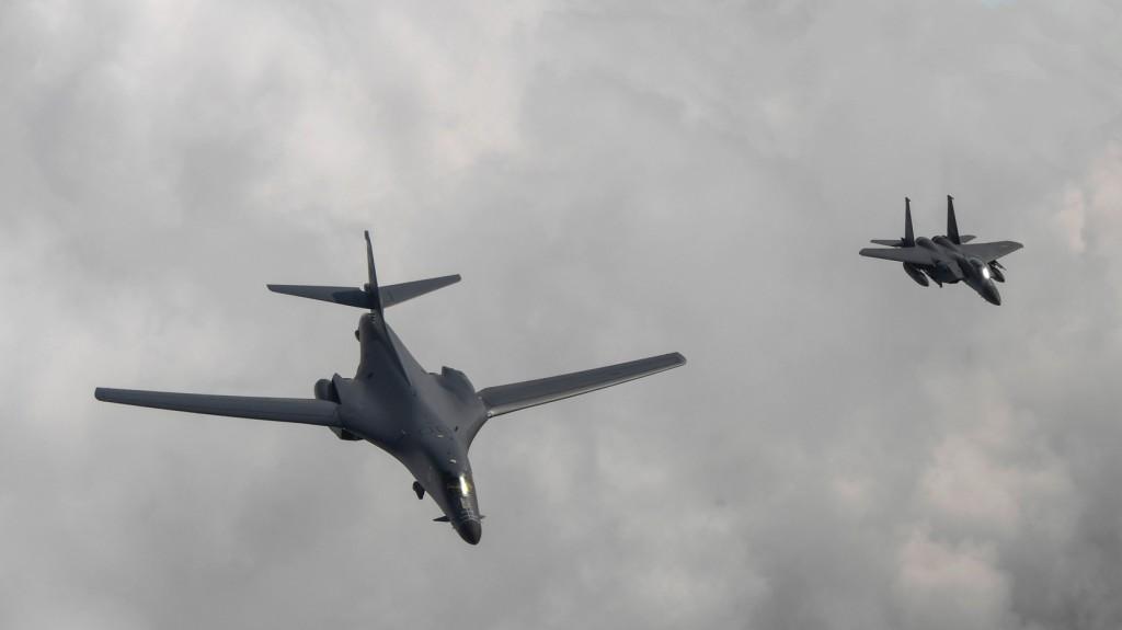 Amerikai nehézbombázót fogtak el a Balti-tenger felett