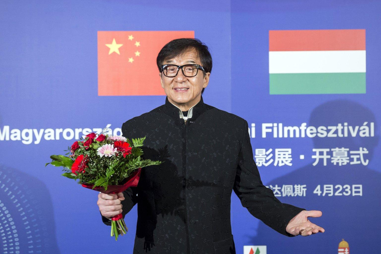 Jackie Chan Oscar-díjas színész, harcművész a kínai filmfesztivál megnyitóján a fővárosi Uránia Nemzeti Filmszínházban 2017. április 23-án. MTI Fotó: Mohai Balázs