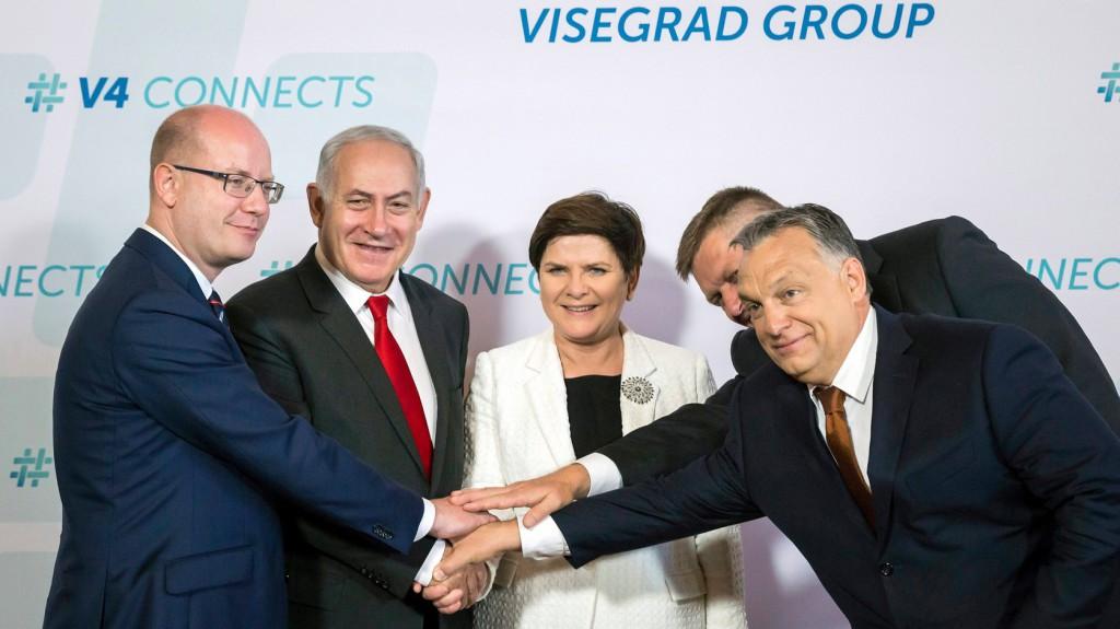 Kiszelly: A V4-ek sikere Orbán Viktor sikere