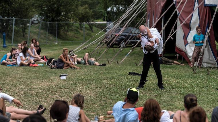 0f98eb72f36e A Zadan társulat Kapolcson a 27. Művészetek Völgye kulturális fesztiválon  2017. július 23-án. MTI Fotó: Szigetváry Zsolt