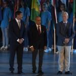 Budapest, 2017. július 14.<br /> Áder János köztársasági elnök (b), Julio C. Maglione, a Nemzetközi Úszó Szövetség (FINA) elnöke (k) és Tarlós István főpolgármester a 17. vizes világbajnokság megnyitóján a Lánchíd pesti hídfőjénél, a Duna vizén kialakított alkalmi színpadon 2017. július 14-én.<br /> MTI Fotó: Koszticsák Szilárd