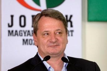 Novemberben emelhetnek vádat a jobbikos Kovács Béla ellen