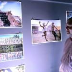 Gerendai Károly, a Sziget fesztivál főszervezője a Sziget 25. évfordulója alkalmából rendezett fotókiállítás megnyitóján a budapesti Robert Capa Kortárs Fotográfiai Központban 2017. július 11-én. A Sziget 25 - Fesztiváltörténelem fényképeken című tárlat augusztus 31-ig tekinthető meg.<br /> MTI Fotó: Soós Lajos