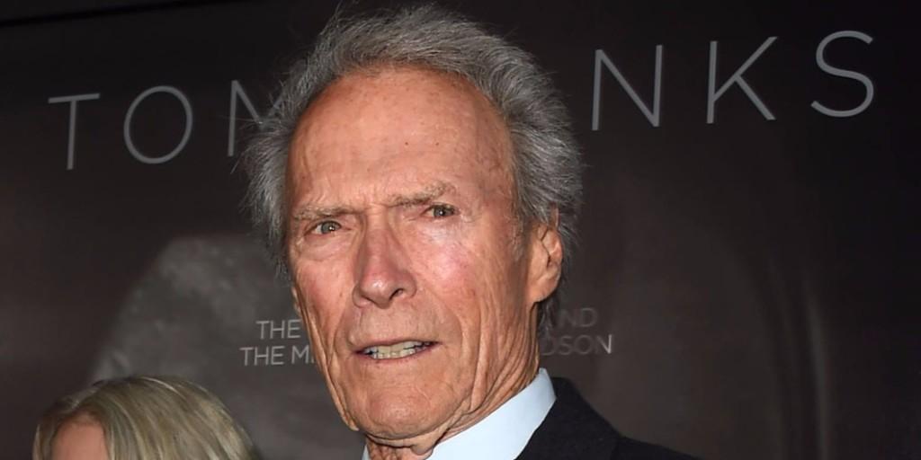 Először jelent meg nyilvánosan eltitkolt lányával Clint Eastwood