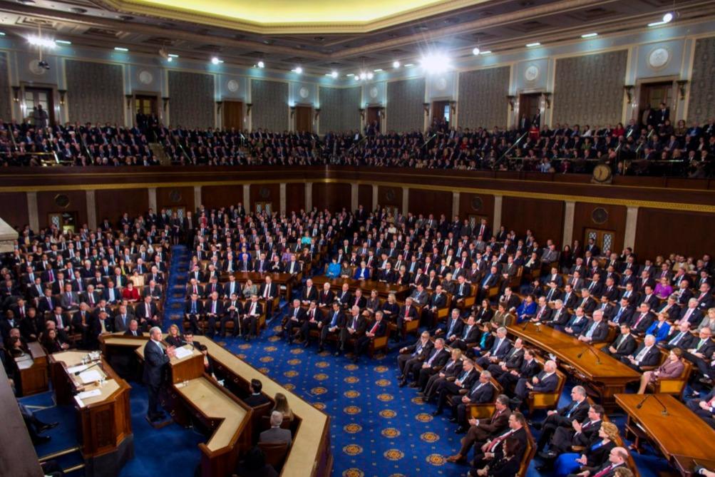 Megvan a kellő számú voks az amerikai kormányzati leállás befejezéséhez a szenátusban