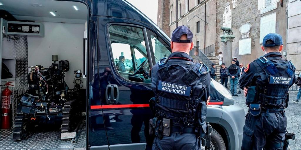 Antifasiszták csaptak össze rendőrökkel Bolognában
