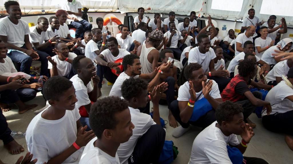 Új útvonalakon jönnek a migránsok