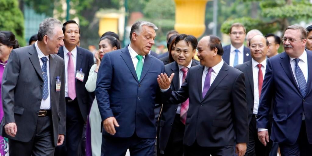 Orbán Viktor: Nem a Nyugat fújja a passzátszelet a következő időszakban