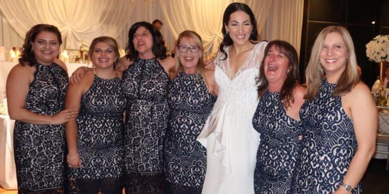 A menyasszony nem hitt a szemének, amikor meglátta a vendégeit