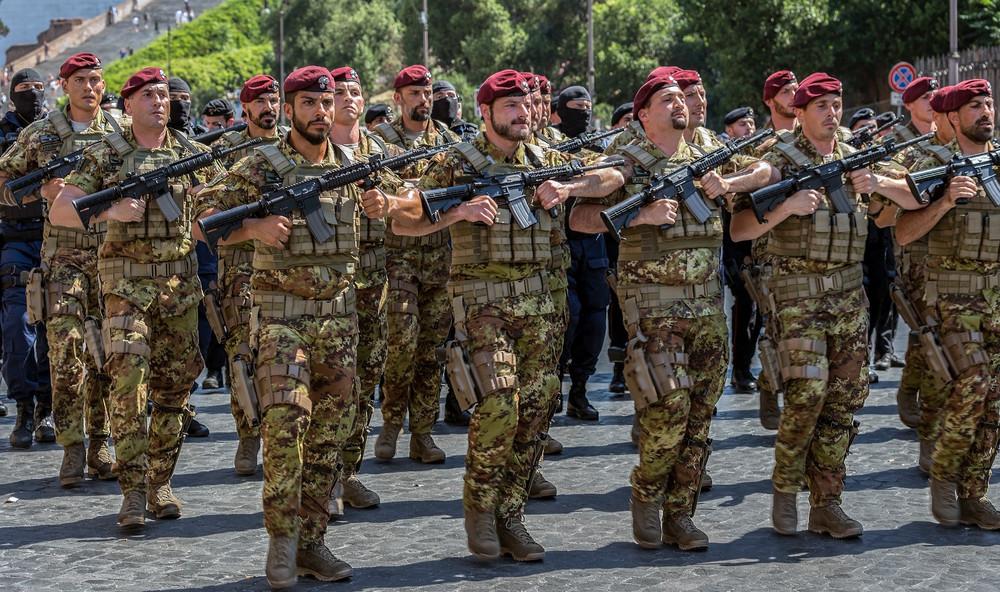 Több száz olasz katona megy Nigerbe