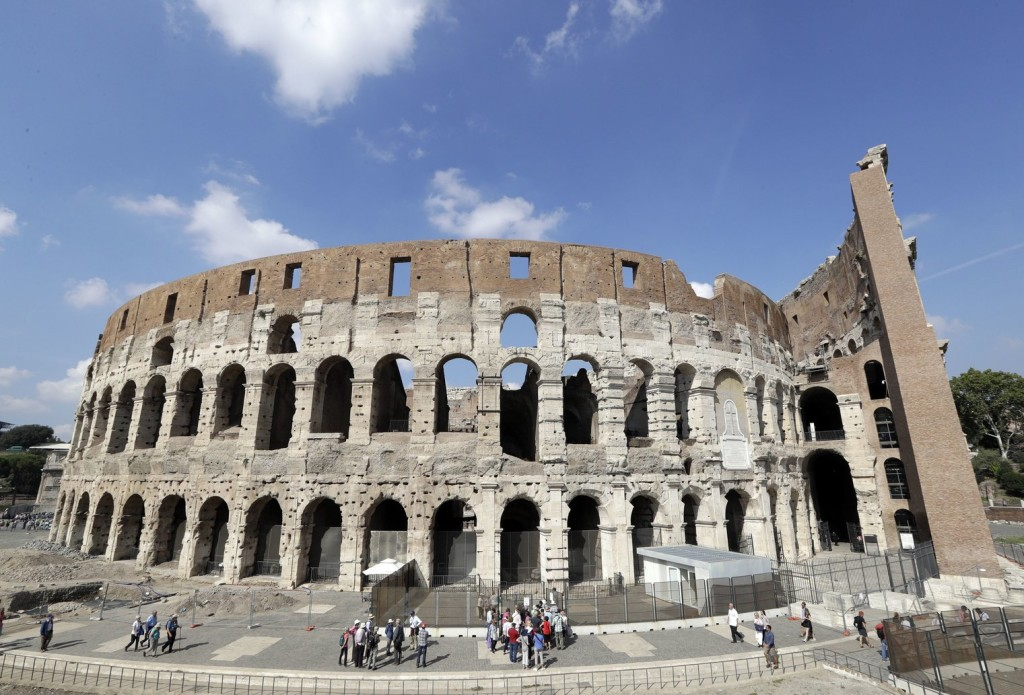 Róma, Aleppo és Moszul közösen hívja fel a figyelmet a keresztények üldözésére