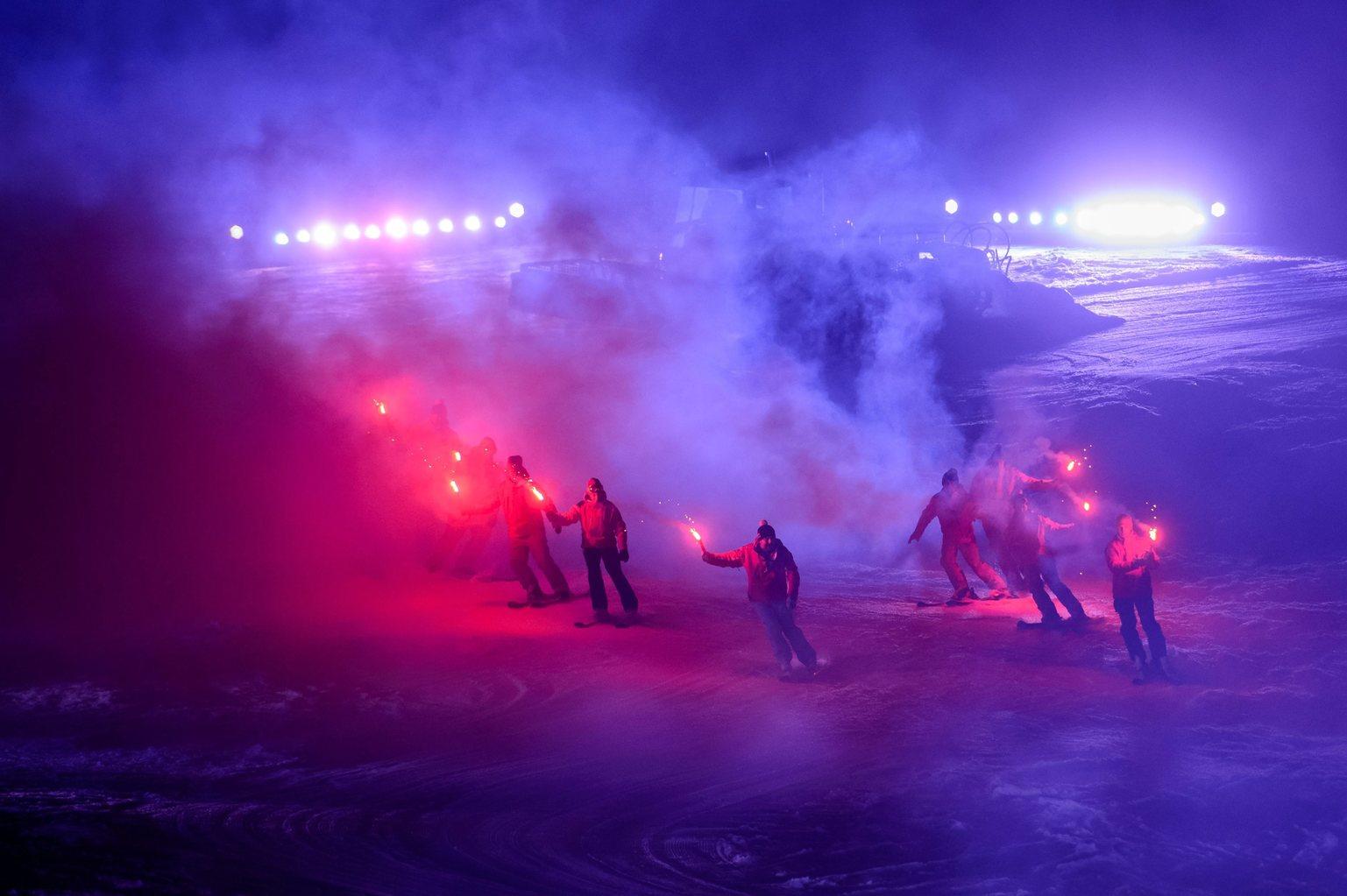 Mátraszentistván, 2016. január 31. Fáklyás síelők a mátraszentistváni Síparkban megrendezett Hófesztiválon 2016. január 30-án este. MTI Fotó: Komka Péter