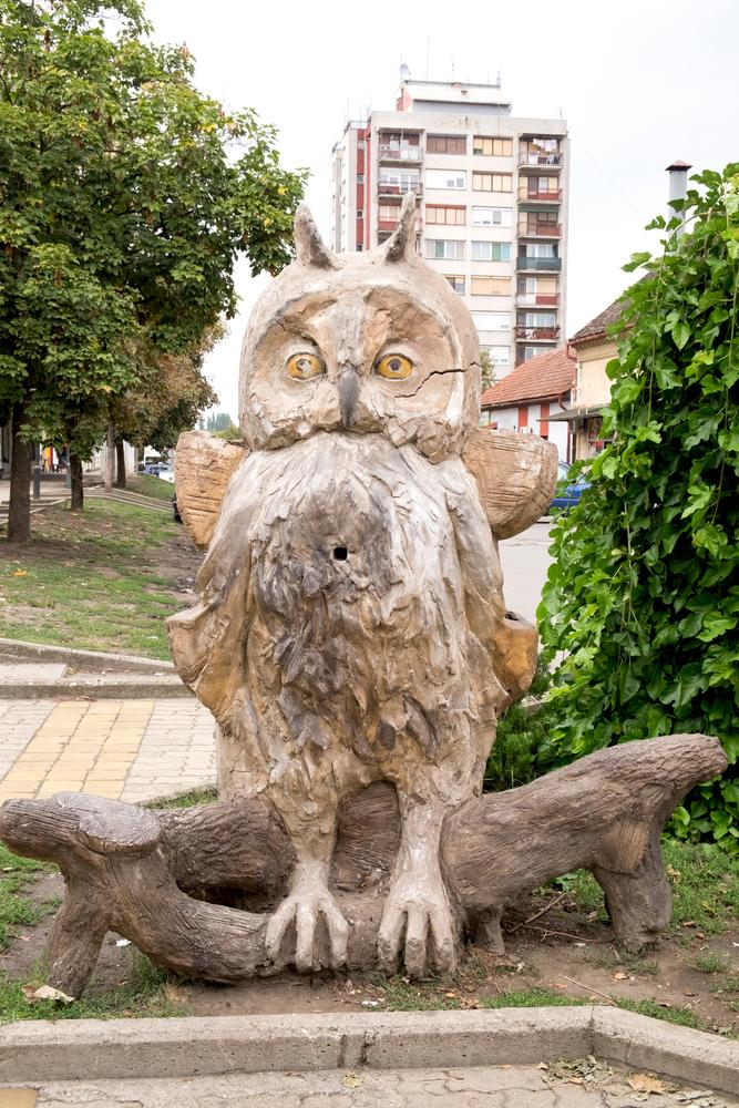 Nagykikinda egyik látványossága a bagoly szobor (Fotó: Shutterstock)