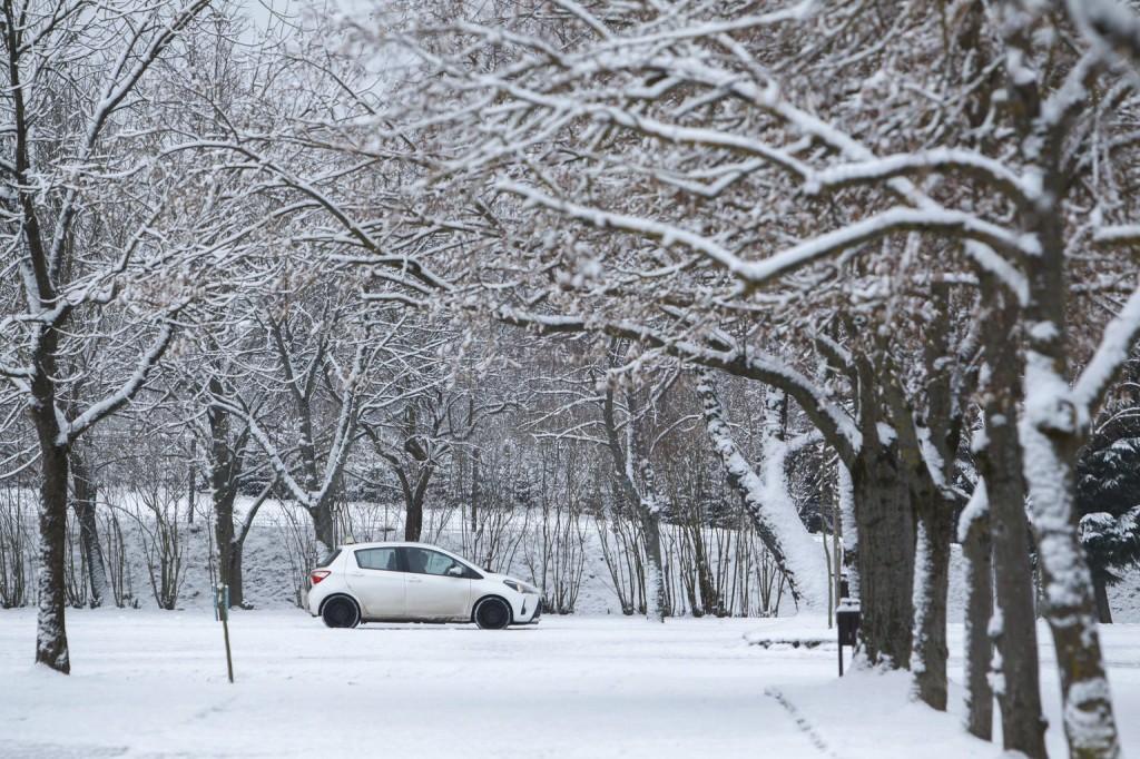 Több centi hó is eshet vasárnap