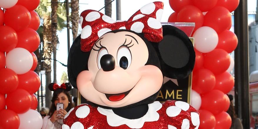 Minnie egér is csillagot kapott a hollywoodi Hírességek sétányán