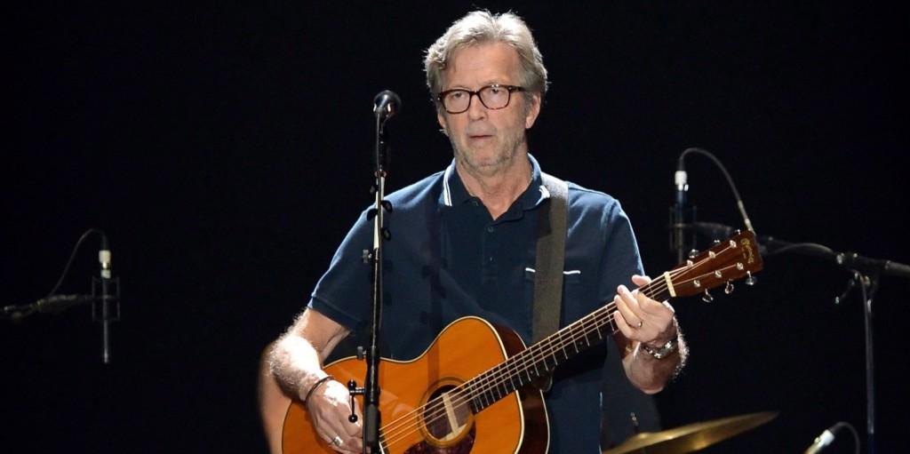 Eric Clapton mindkét fülére elveszíti a hallását