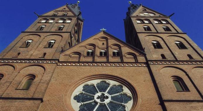 Bezárják a hamburgi katolikus iskolák harmadát