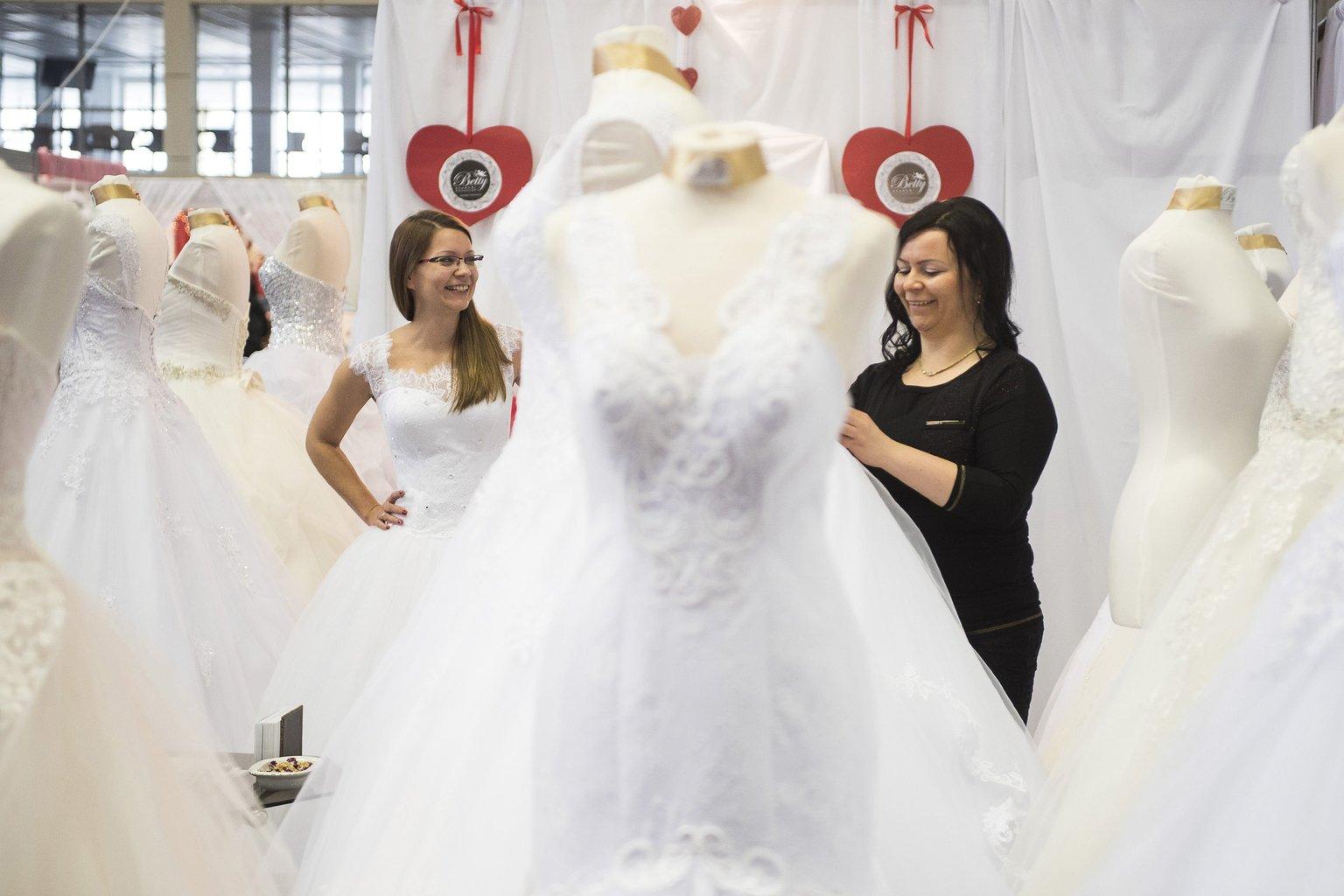 női keres házasság franciaországban)