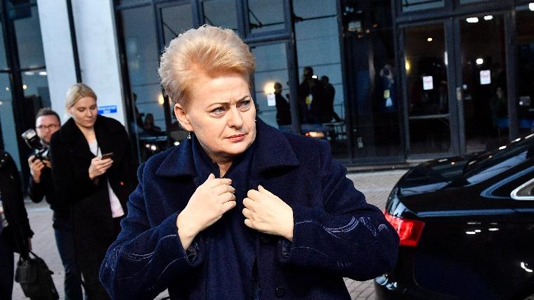Livánia nem támogatja az uniós nyomásgyakorlást Lengyelországra