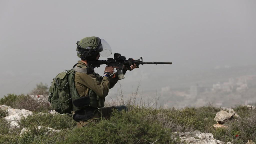 Izraeli katonák agyonlőttek két palesztint