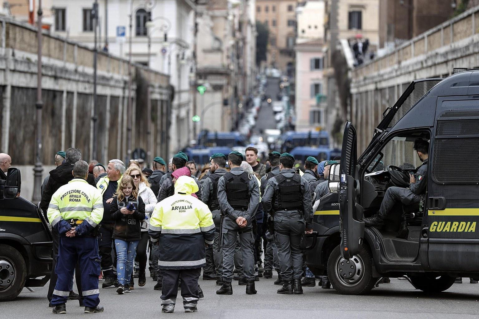 Róma - nagyszombat - húsvét - biztonság