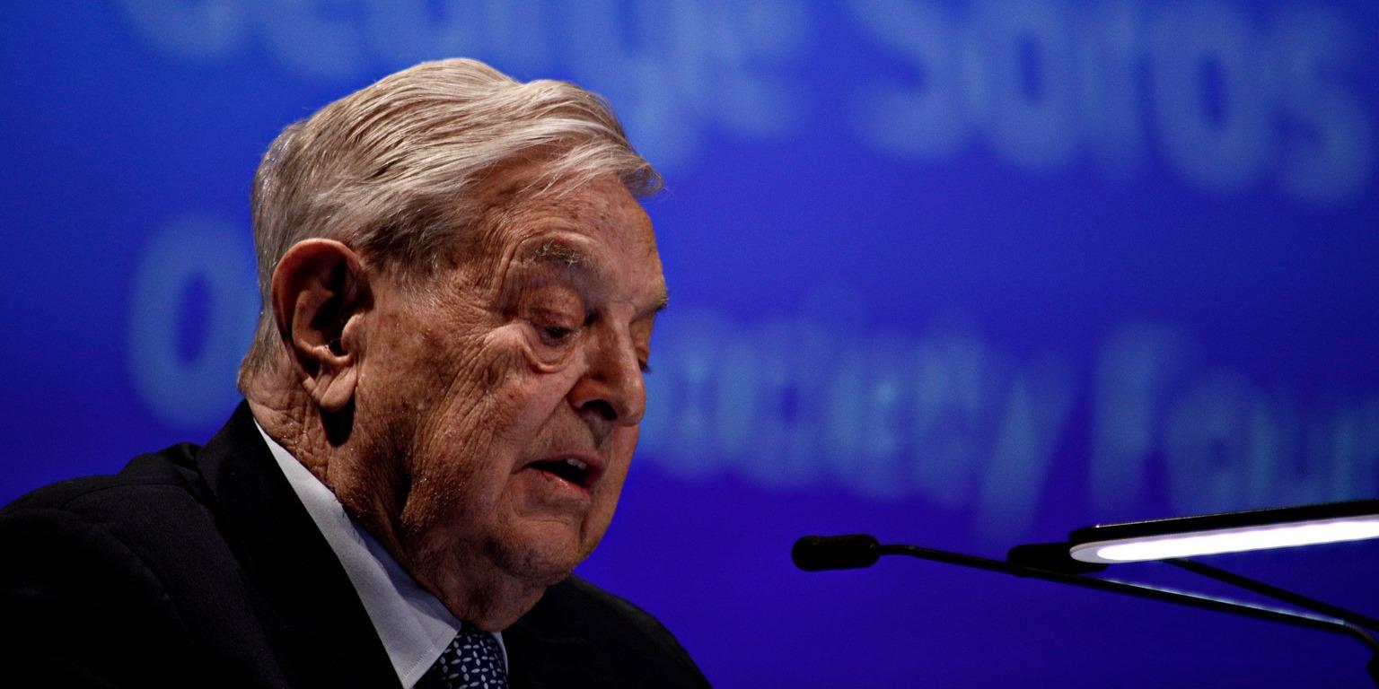 A kormánypártok szerint a Soros-hálózat zsarolni akarja Magyarországot
