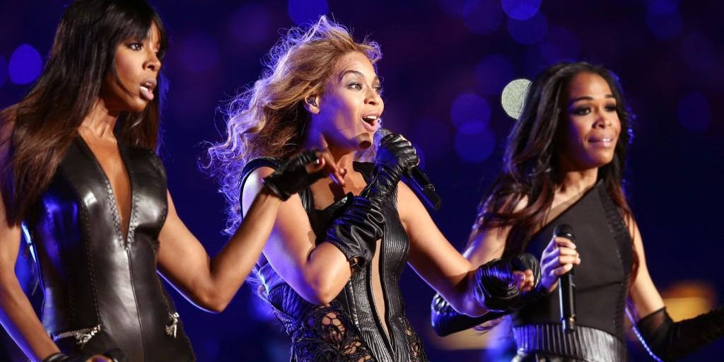 Káprázatos gyűrűvel kérte meg kedvese a Destiny's Child énekesnőjének a kezét