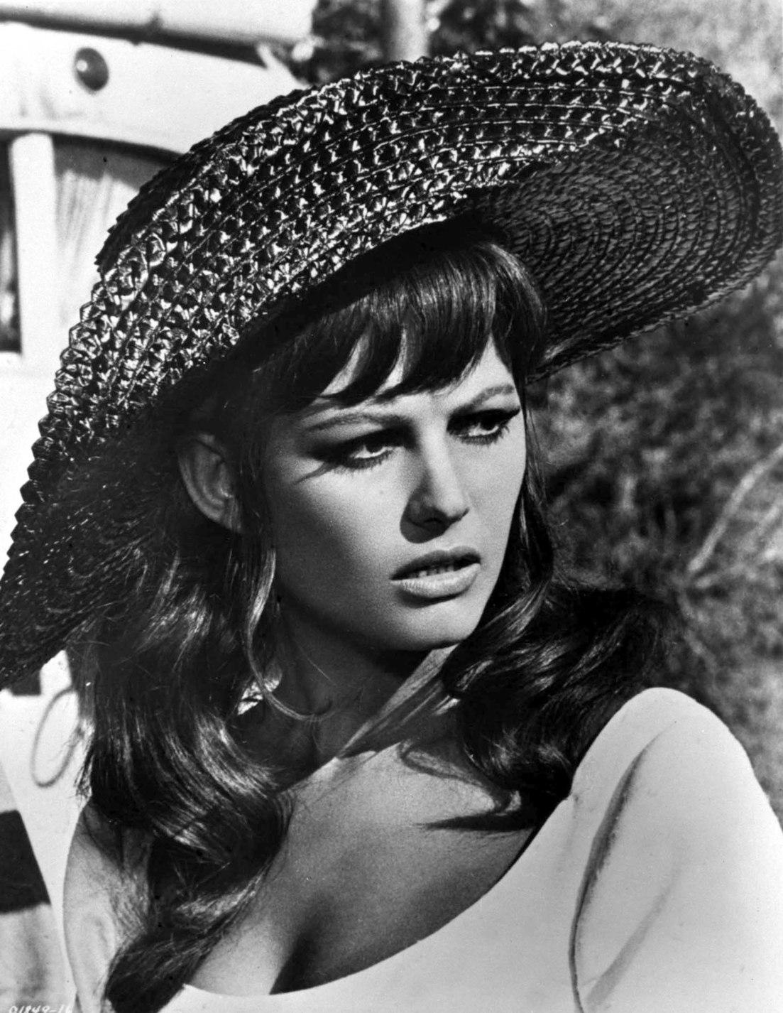 Claudia Cardinale olasz színésznő, 1938. április 15-én született Tunisz-ban. MTI Fotó/ KAISER
