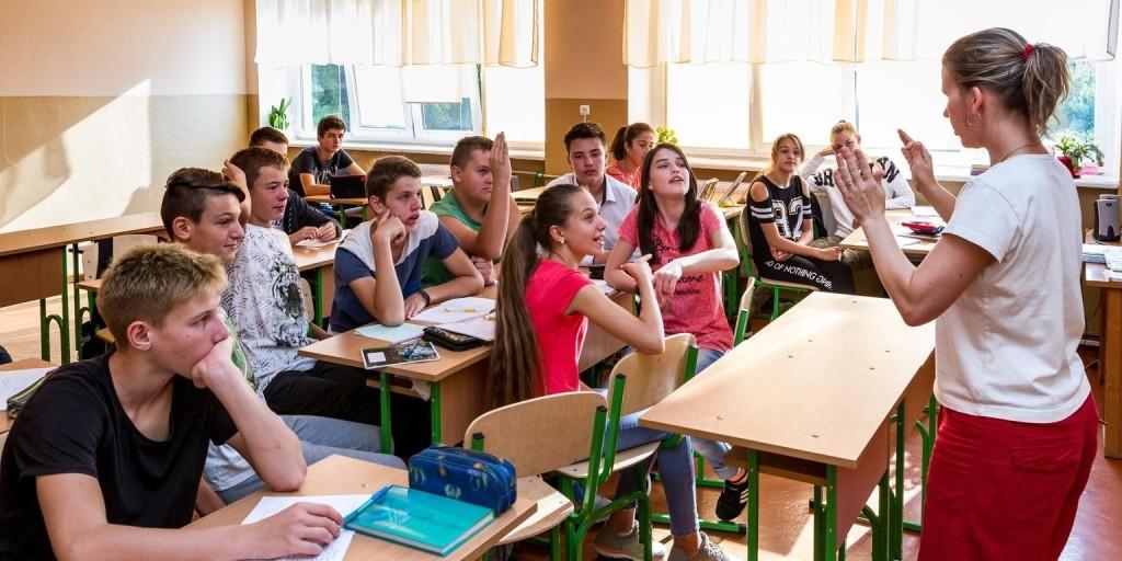 A kormány folytatja az oktatási reformokat