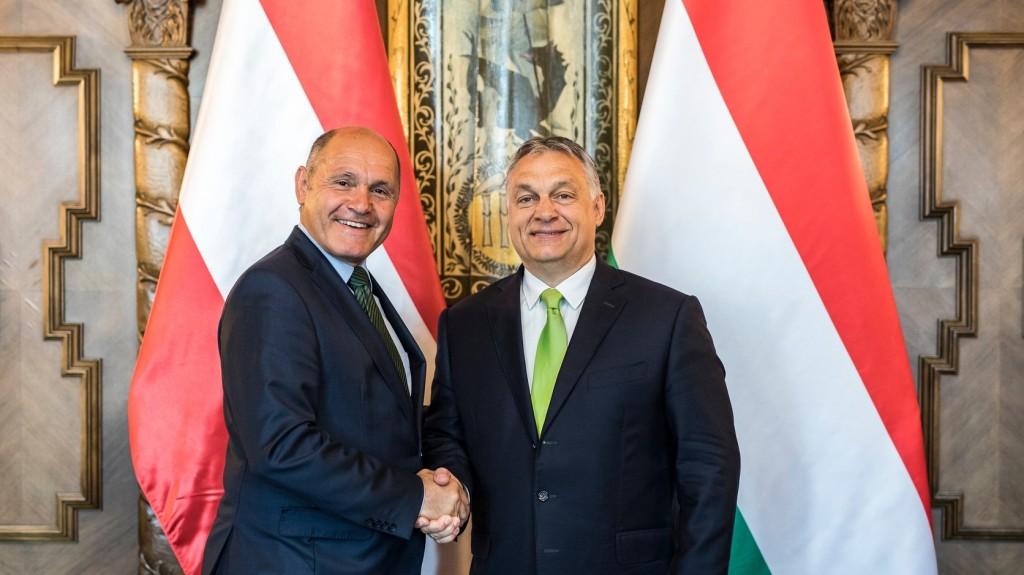 A Balkán uniós integrációjáról is tárgyalt Orbán Viktor az osztrák házelnökkel