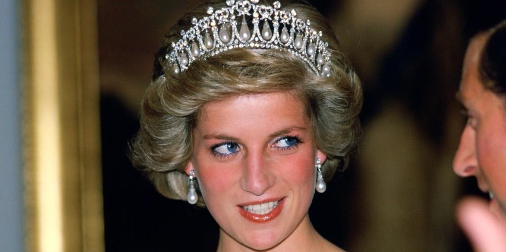 A néhai Diana hercegné unokaöccse egy igazi sármőr
