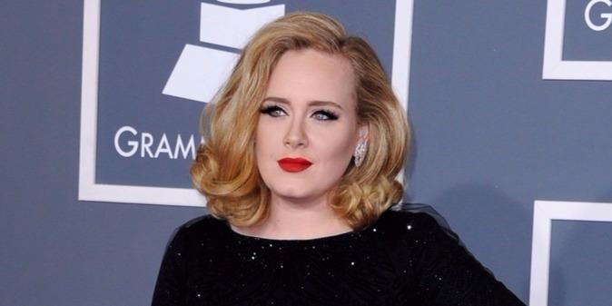 Rákban elhunyt Adele 57 éves apja