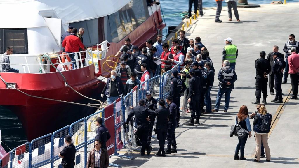 Egyre több migráns érkezik Törökországból Görögországba