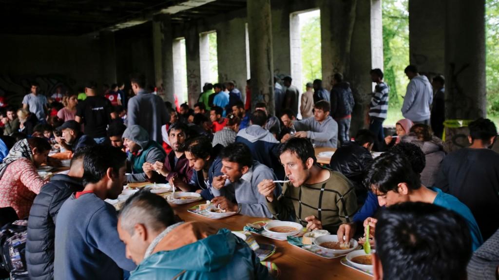 Egyre előrébb jutnak az illegális bevándorlók a Balkánon