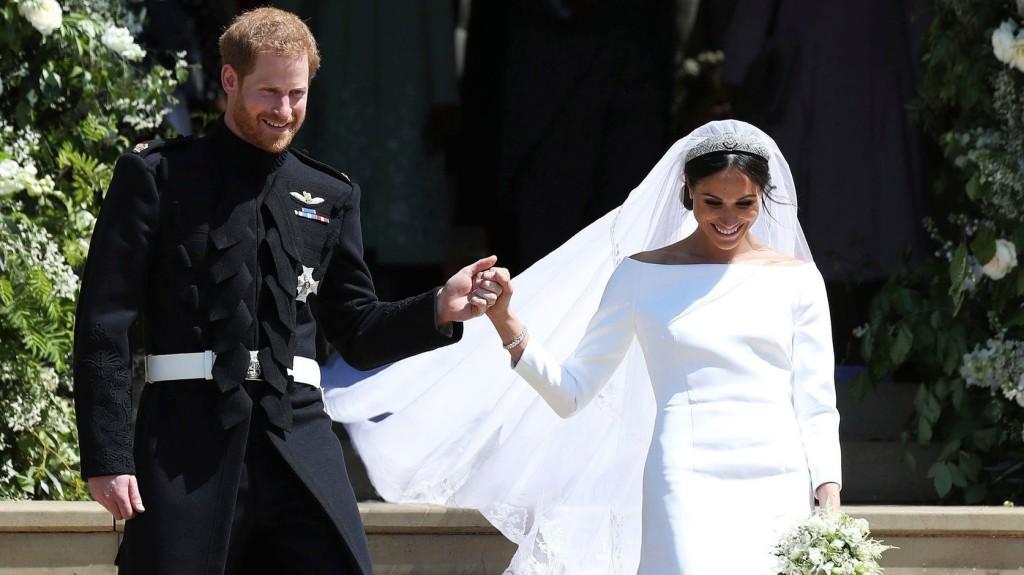 A brit sajtó óriási terjedelemben foglalkozott a hercegi esküvővel