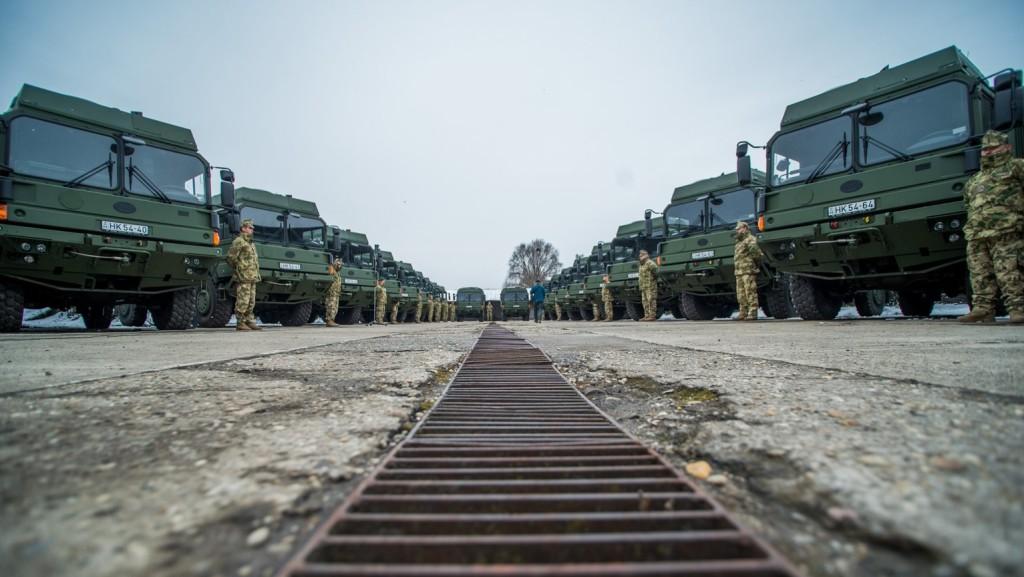 Magyarország támogatja Európa védelmi fejlesztését
