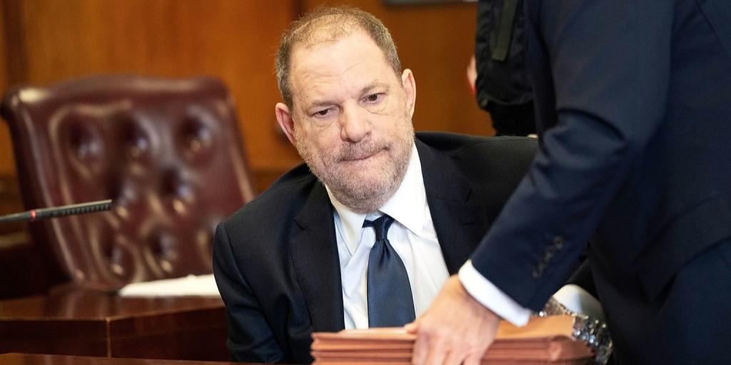 Harvey Weinstein még nem úszta meg a börtönt, de 44 millió dolláros kártérítést biztosan fizet