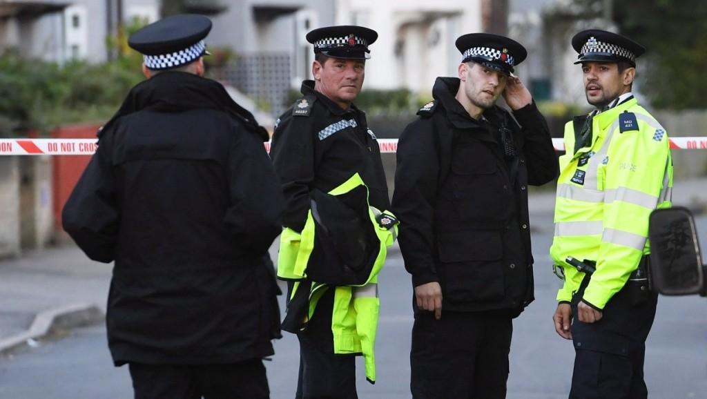 Őrizetbe vettek egy fiatal férfit a londoni metróállomáson történt robbanás ügyében