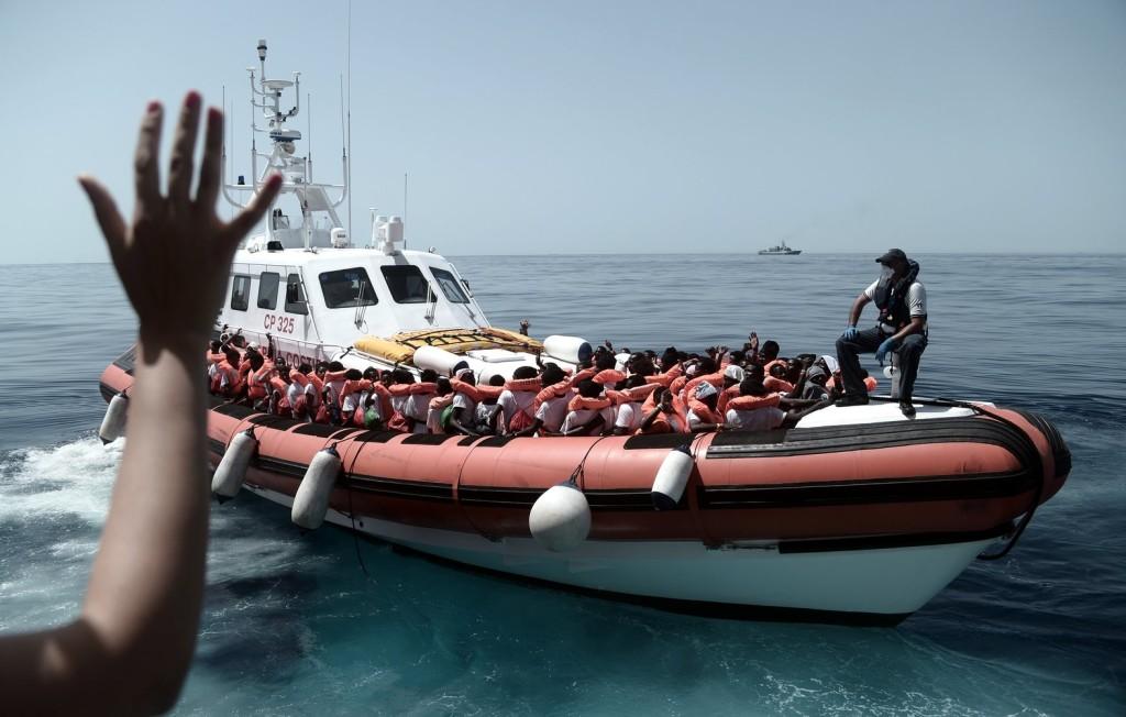 Újabb NGO-mentőhajótól tagadta meg a kikötést Róma