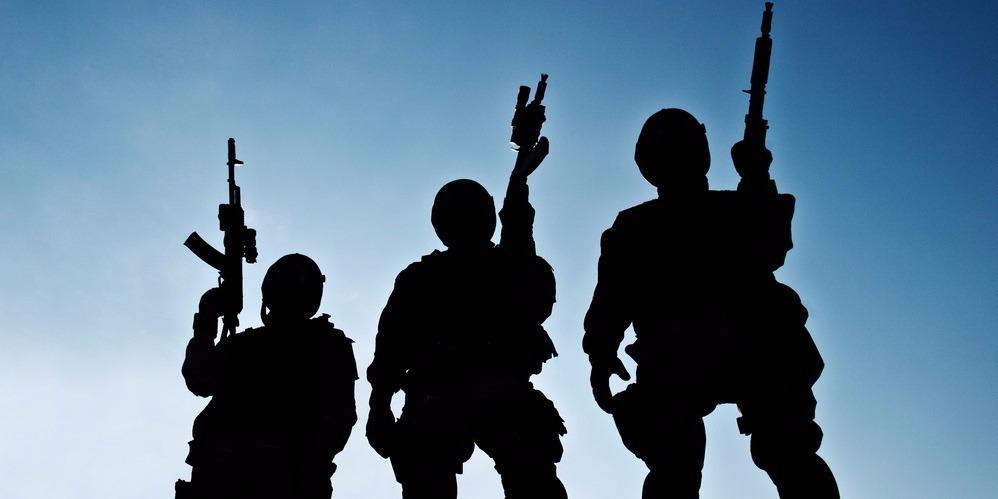 Halálra ítéltek három francia férfit Irakban