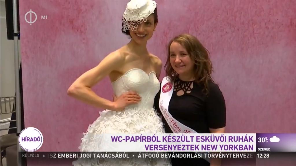 WC-papírból készült esküvői ruhák versenyeztek New Yorkban