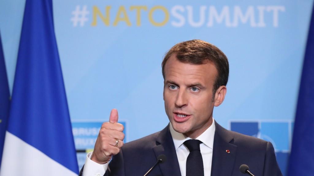 Tovább dagad a francia elnök körüli botrány