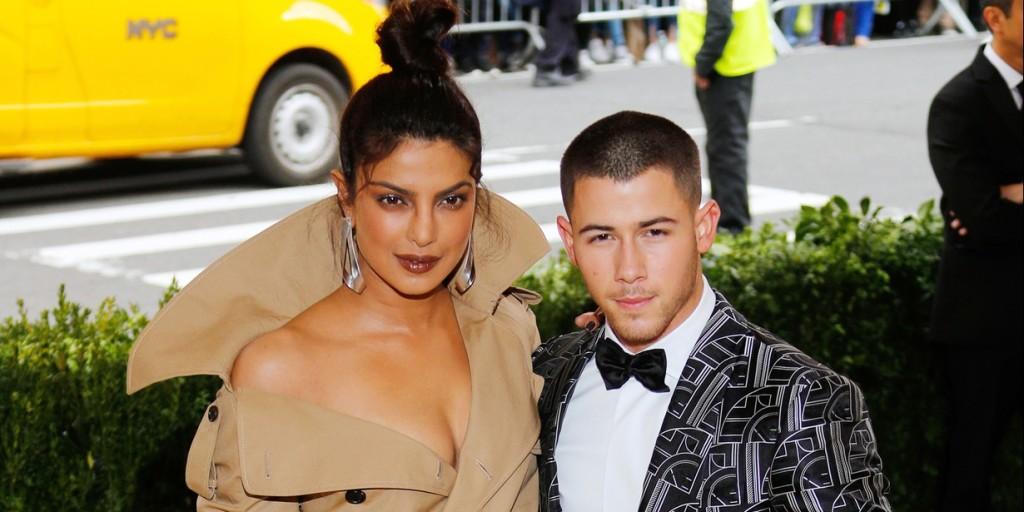 Nick Jonas beleegyezett - ő és Priyanka Chopra itt tartja az eljegyzést